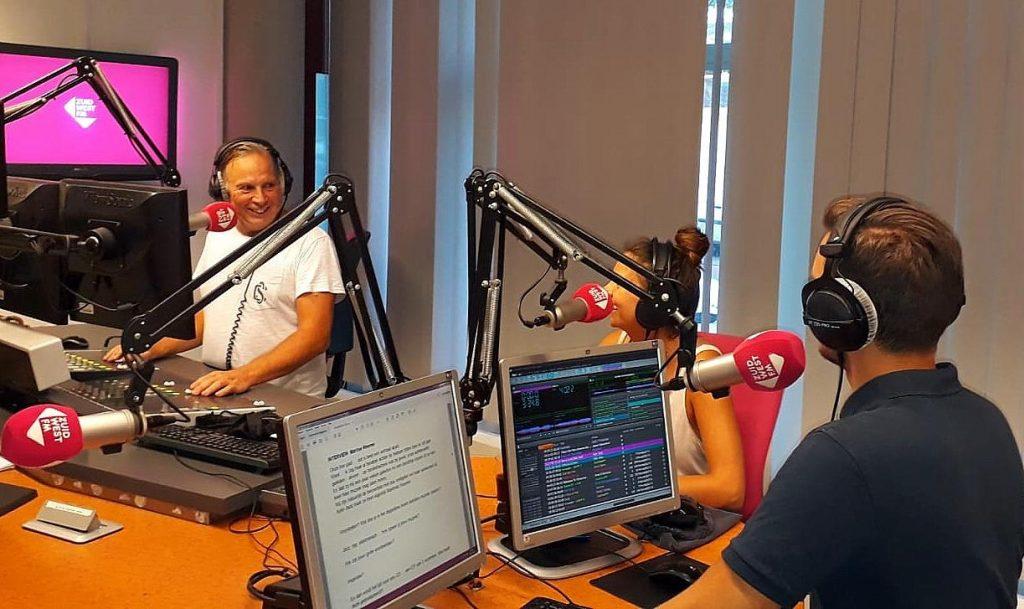 De studio tijdens de live-uitzending van Spotlight