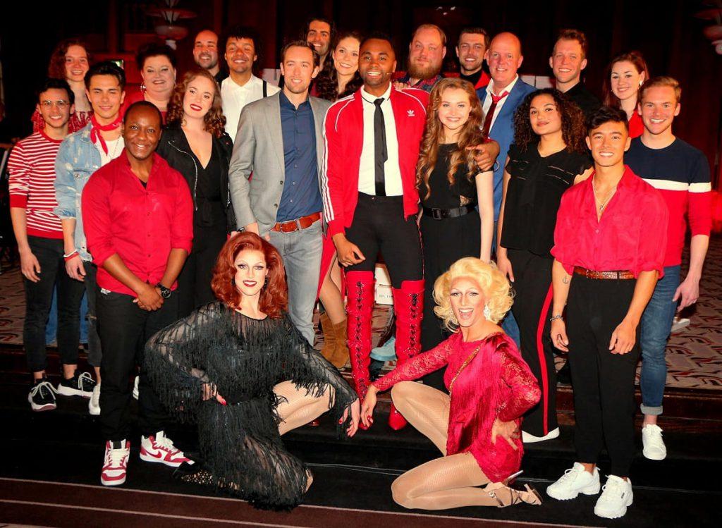 groepsfoto cast Kinky Boots