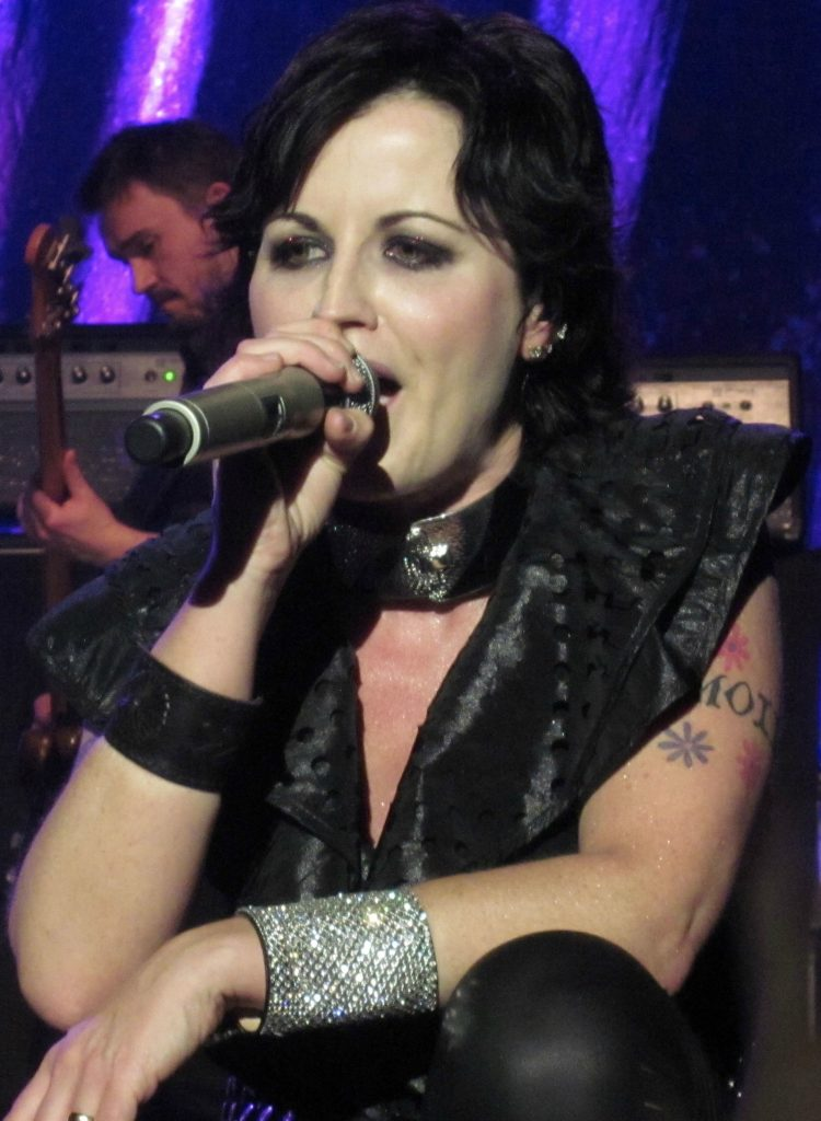 Dolores_O'Riordan_performing_in_May_2012